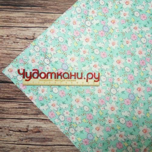 Ткань хлопок, 160 см, нежные цветы, мятный фон
