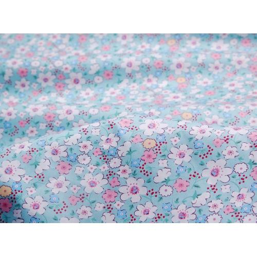 Сатин хлопок, 160 см, нежные цветы, голубой фон