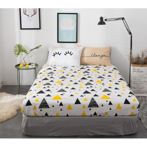 Сатин хлопок, 235 см, желто-черные треугольники