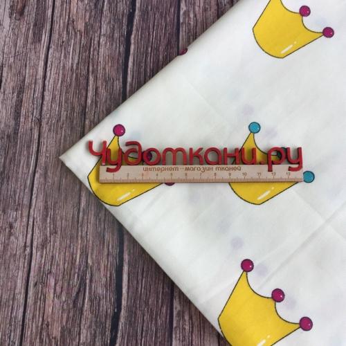 Сатин хлопок, 160см, желтые крупные короны, белый фон